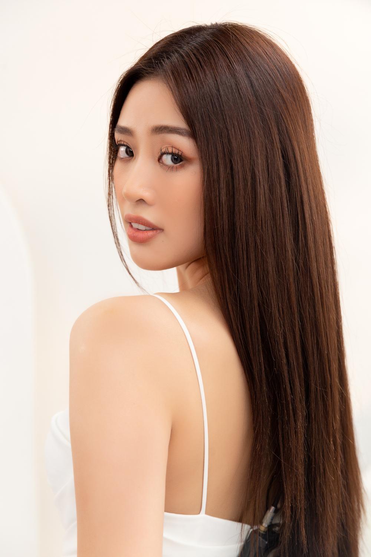 Stylist ruột của H'Hen Niê chê nặng nề khiến Khánh Vân bật khóc: Sao chịu nổi áp lực Miss Universe? Ảnh 2