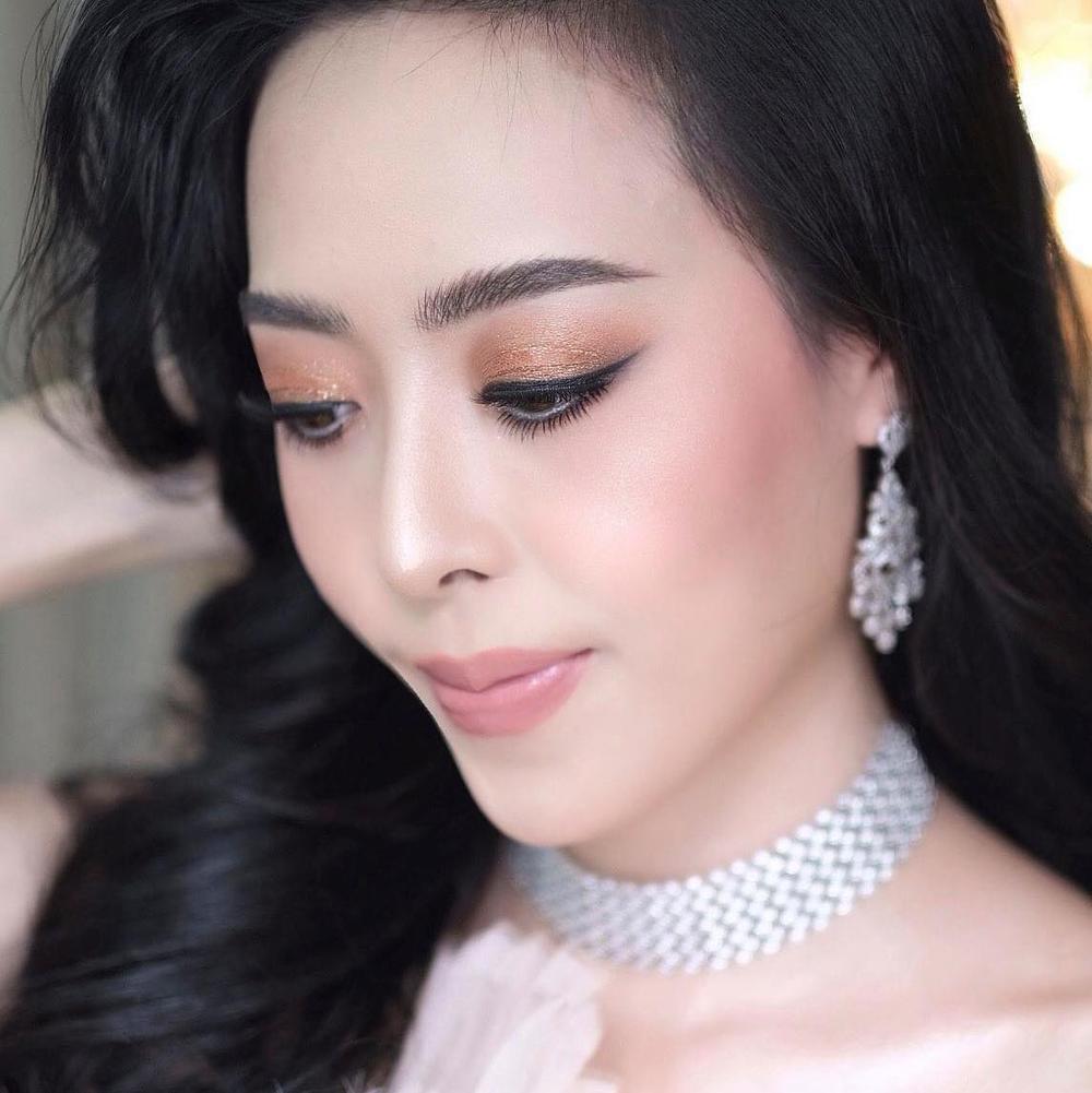 Đại diện Lào tại Miss World bị chê kém xinh ở tuổi 30, Đỗ Thị Hà nhan sắc rực rỡ đàn áp đối thủ châu Á Ảnh 4