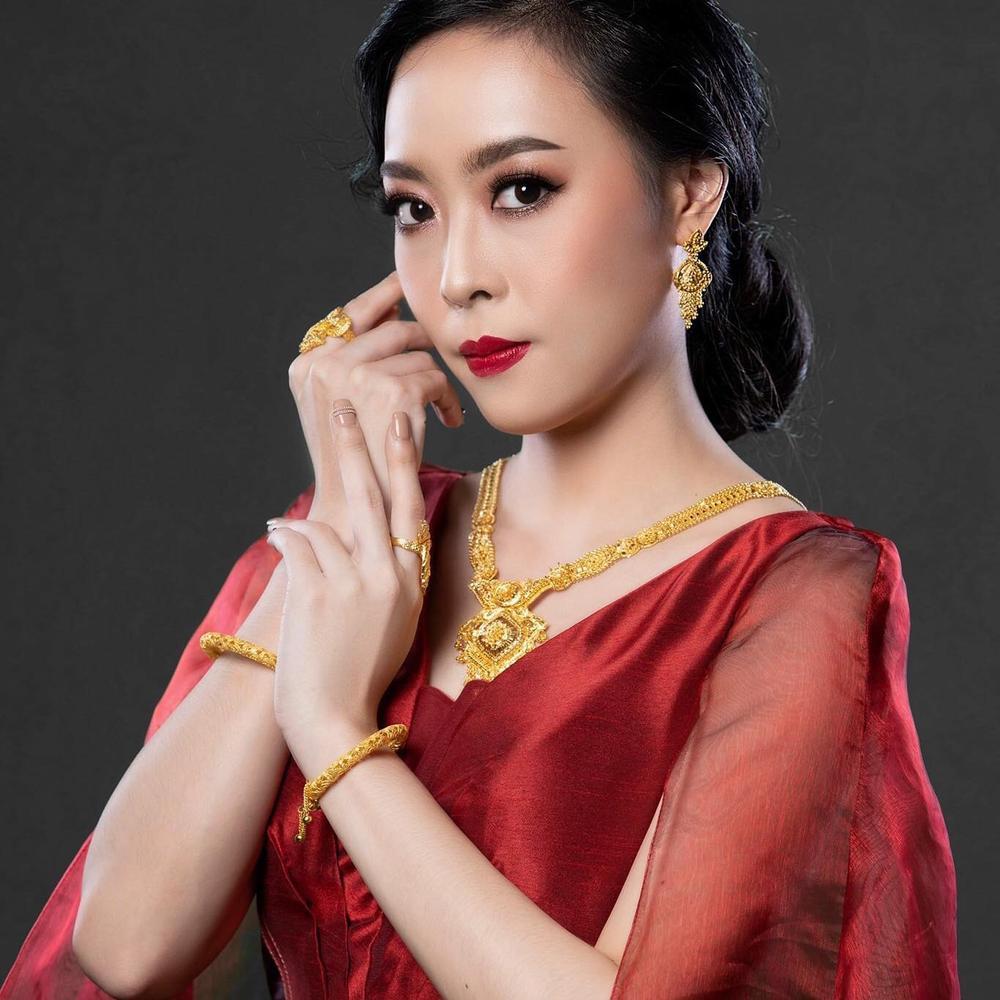 Đại diện Lào tại Miss World bị chê kém xinh ở tuổi 30, Đỗ Thị Hà nhan sắc rực rỡ đàn áp đối thủ châu Á Ảnh 8