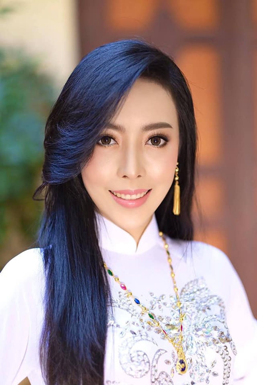 Đại diện Lào tại Miss World bị chê kém xinh ở tuổi 30, Đỗ Thị Hà nhan sắc rực rỡ đàn áp đối thủ châu Á Ảnh 10