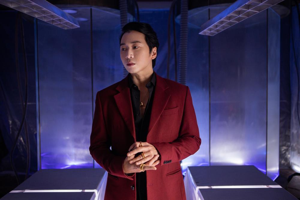 Tú Hảo bị Kiều Minh Tuấn tát 'sấp mặt' trong MV mới của Only C Ảnh 14