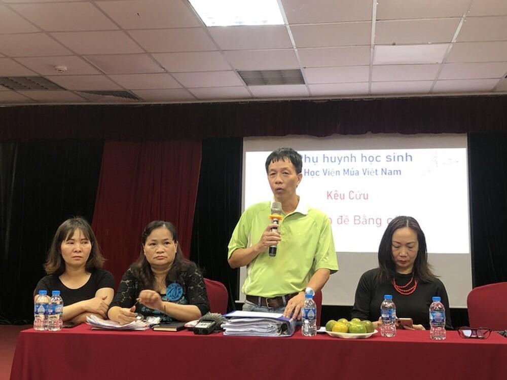 Vụ học viên trường múa không được cấp bằng: Học viện Múa Việt Nam nói gì? Ảnh 1
