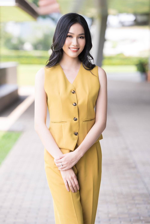Phương Anh đẹp thanh lịch, giao tiếp chuẩn 'nuốt mic' sẵn sàng chinh chiến Miss International Ảnh 1
