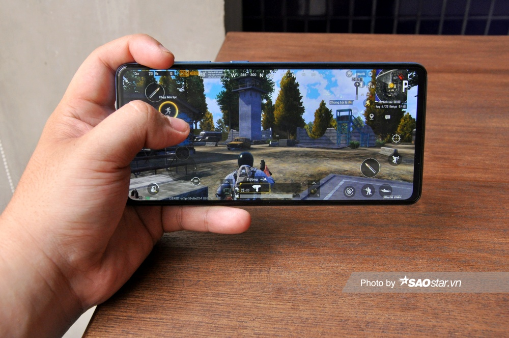 Đánh giá chi tiết Samsung Galaxy A72: Thiết kế mới mang đến trải nghiệm tinh tế! Ảnh 14