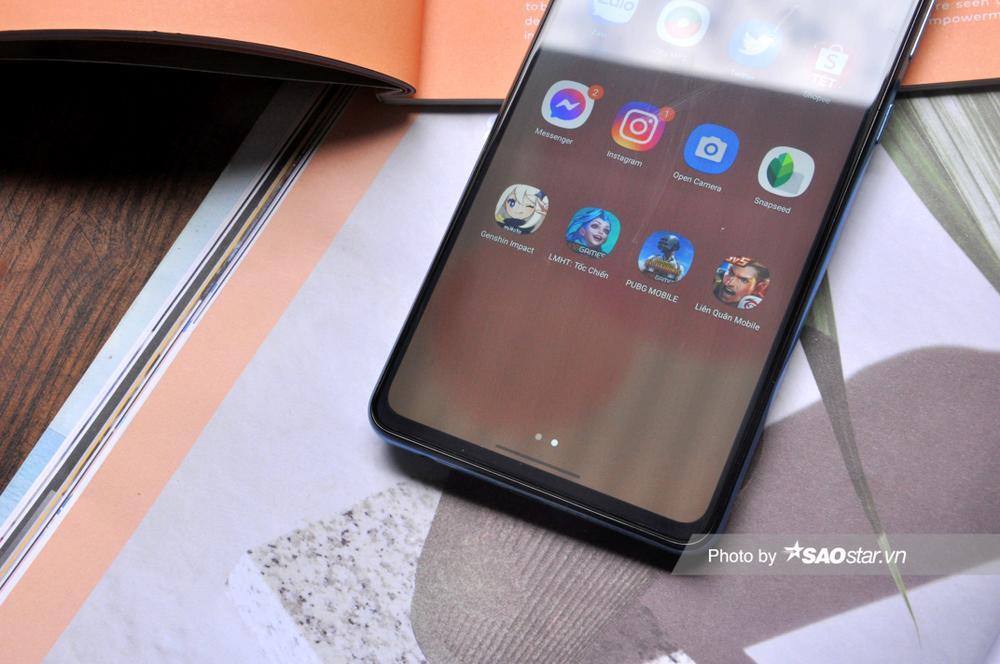 Đánh giá chi tiết Samsung Galaxy A72: Thiết kế mới mang đến trải nghiệm tinh tế! Ảnh 10