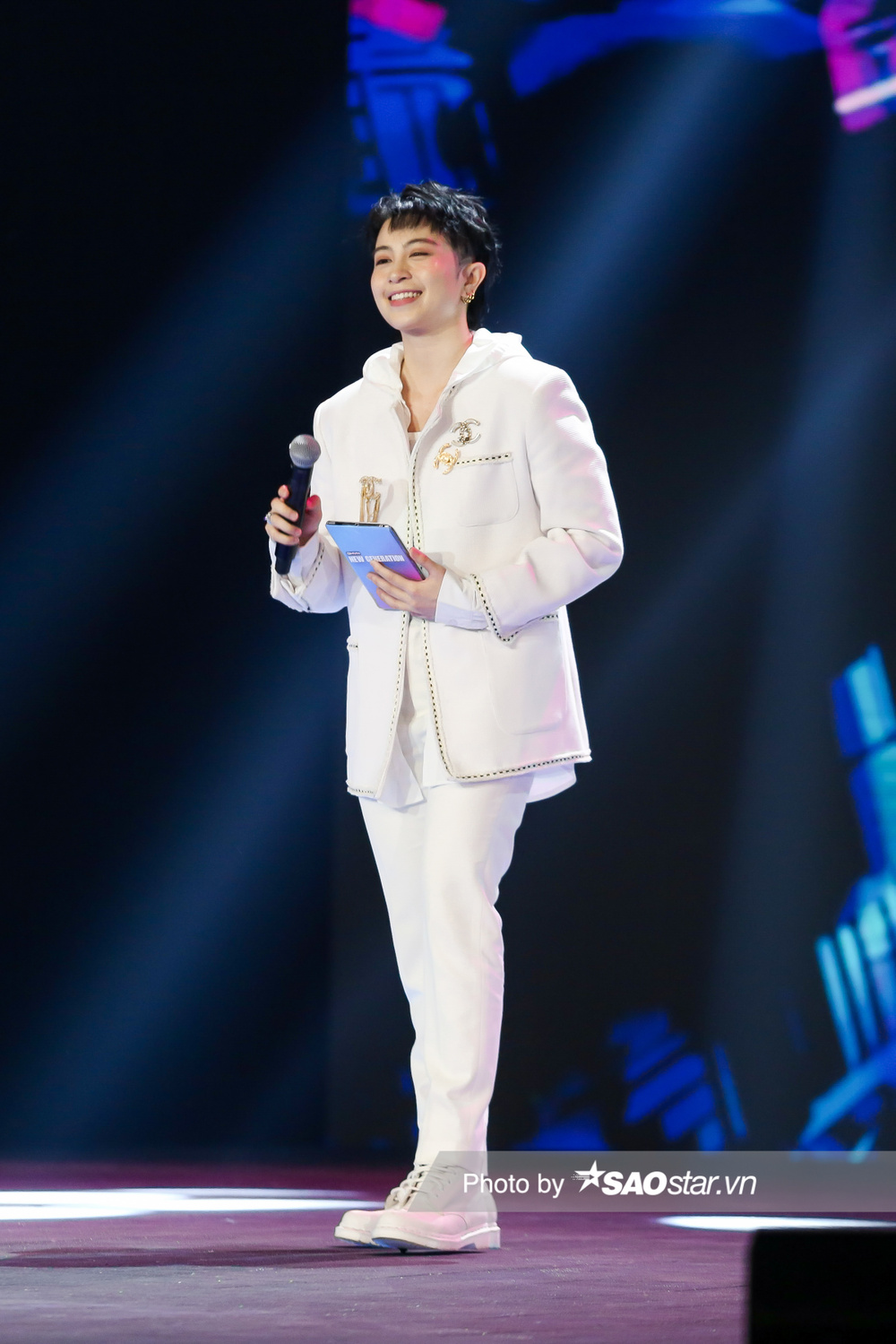 Gil Lê đảm nhận vai trò MC, Hà Lê cùng Lưu Thiên Hương loại thí sinh vòng Đột phá GHVN New Generation Ảnh 5