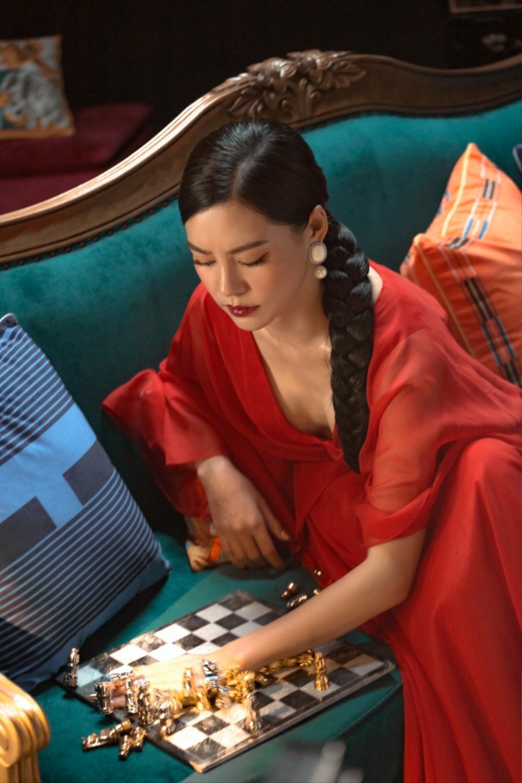 The Heroes nhá hint 'quân cờ': Chiến binh kế tiếp là Bùi Lan Hương – Trang Pháp hay Kaity Nguyễn? Ảnh 3