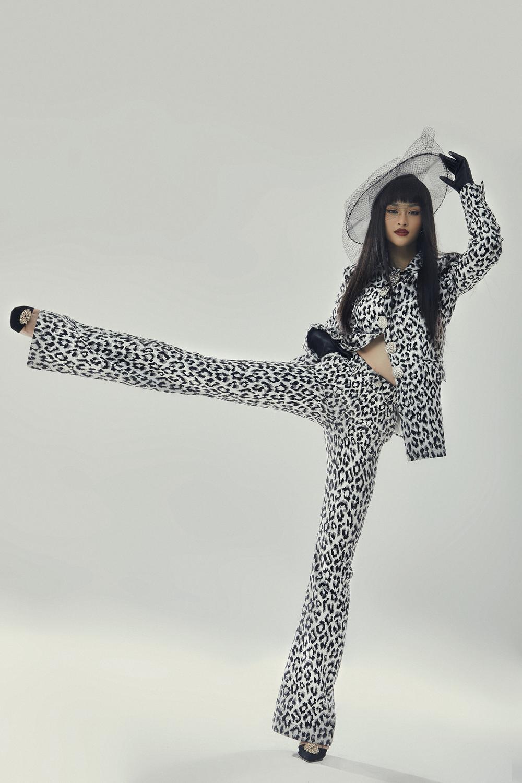 Kiều Loan lột xác với bộ ảnh high-fashion kết hợp cùng NTK Công Trí: Á hậu trẻ đỉnh nhất Vbiz đây rồi! Ảnh 2
