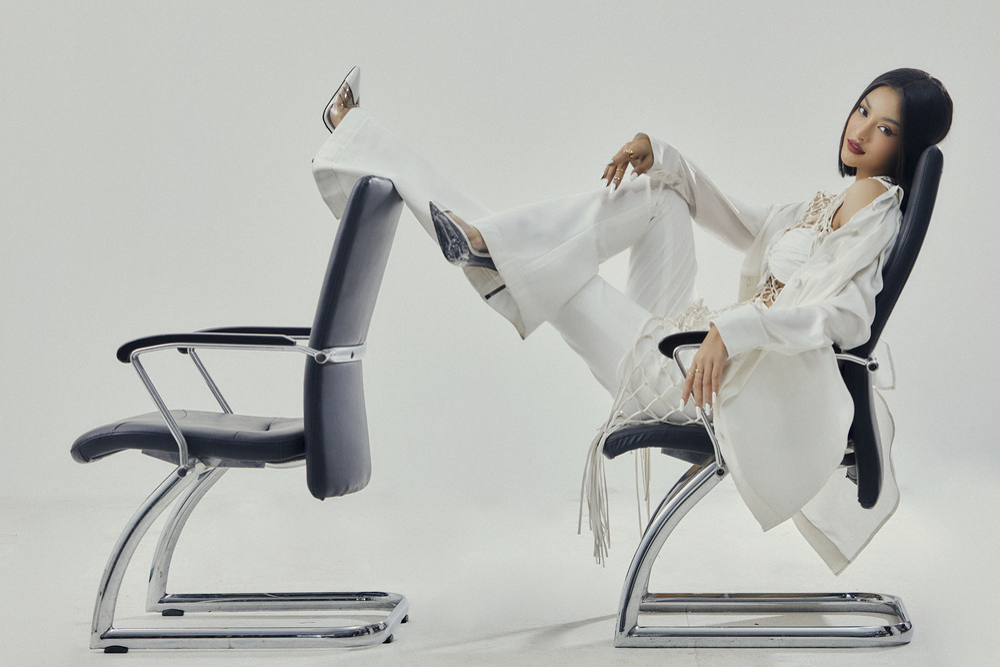 Kiều Loan lột xác với bộ ảnh high-fashion kết hợp cùng NTK Công Trí: Á hậu trẻ đỉnh nhất Vbiz đây rồi! Ảnh 17