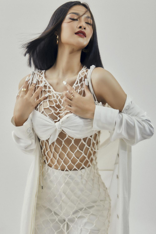 Kiều Loan lột xác với bộ ảnh high-fashion kết hợp cùng NTK Công Trí: Á hậu trẻ đỉnh nhất Vbiz đây rồi! Ảnh 15