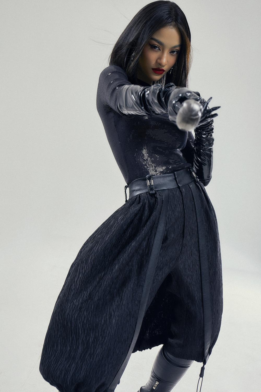 Kiều Loan lột xác với bộ ảnh high-fashion kết hợp cùng NTK Công Trí: Á hậu trẻ đỉnh nhất Vbiz đây rồi! Ảnh 5