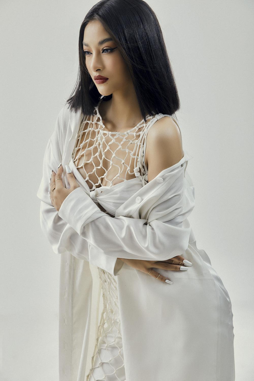 Kiều Loan lột xác với bộ ảnh high-fashion kết hợp cùng NTK Công Trí: Á hậu trẻ đỉnh nhất Vbiz đây rồi! Ảnh 12