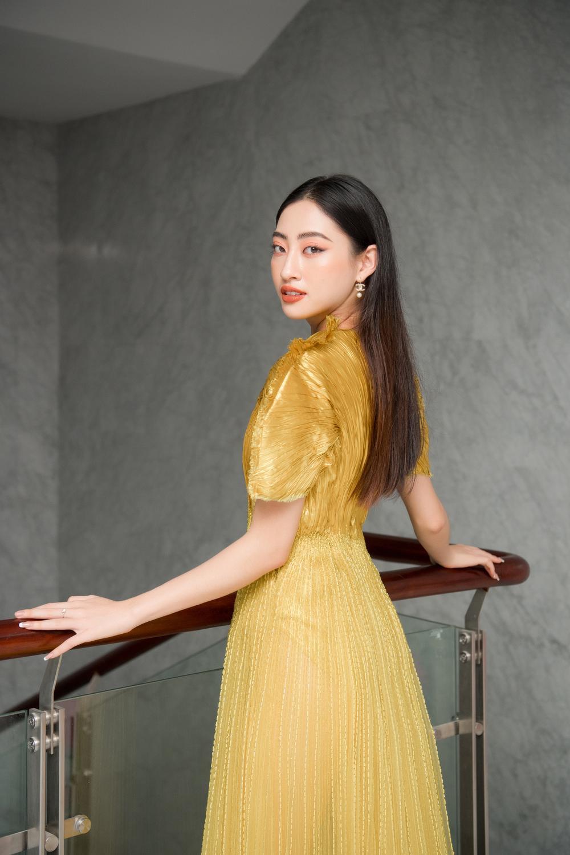 'Chiến binh Miss World' Đỗ Thị Hà rạng rỡ đọ sắc cùng đàn chị Phương Nga - Lương Thùy Linh Ảnh 4