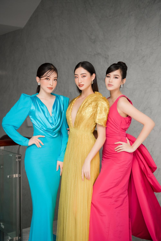 'Chiến binh Miss World' Đỗ Thị Hà rạng rỡ đọ sắc cùng đàn chị Phương Nga - Lương Thùy Linh Ảnh 2