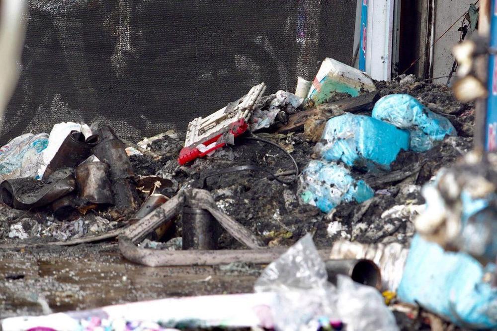 Cận cảnh hiện trường vụ cháy khiến 4 người trong gia đình tử vong thương tâm Ảnh 5