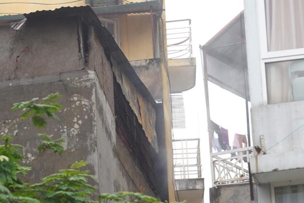 Cận cảnh hiện trường vụ cháy khiến 4 người trong gia đình tử vong thương tâm Ảnh 4