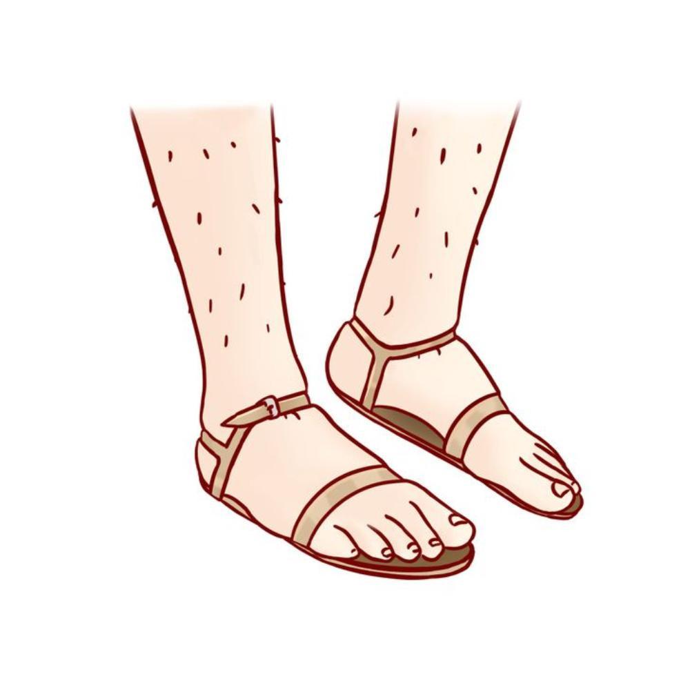 10 sai lầm chọn giày dép mùa hè khiến ngón chân biến dạng, sinh bệnh về khớp Ảnh 2