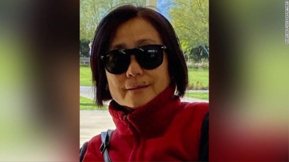 Người phụ nữ gốc Á ở Mỹ bị kẻ lạ đâm chết khi đang đi dạo Ảnh 1