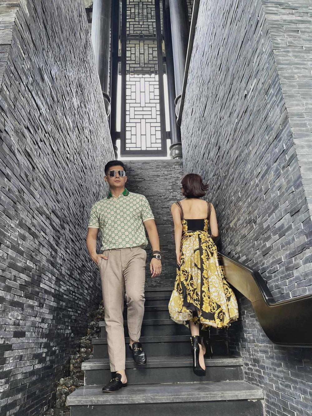 Lệ Quyên 'đụng độ' em chồng Hà Tăng với váy áo họa tiết sặc sỡ, khó phân bì ai đẹp hơn Ảnh 3