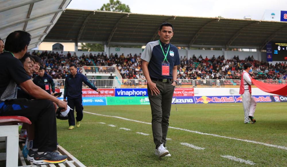 HAGL lập 'hattrick' giải thưởng, Hà Nội FC bị 3 án phạt nguội Ảnh 1