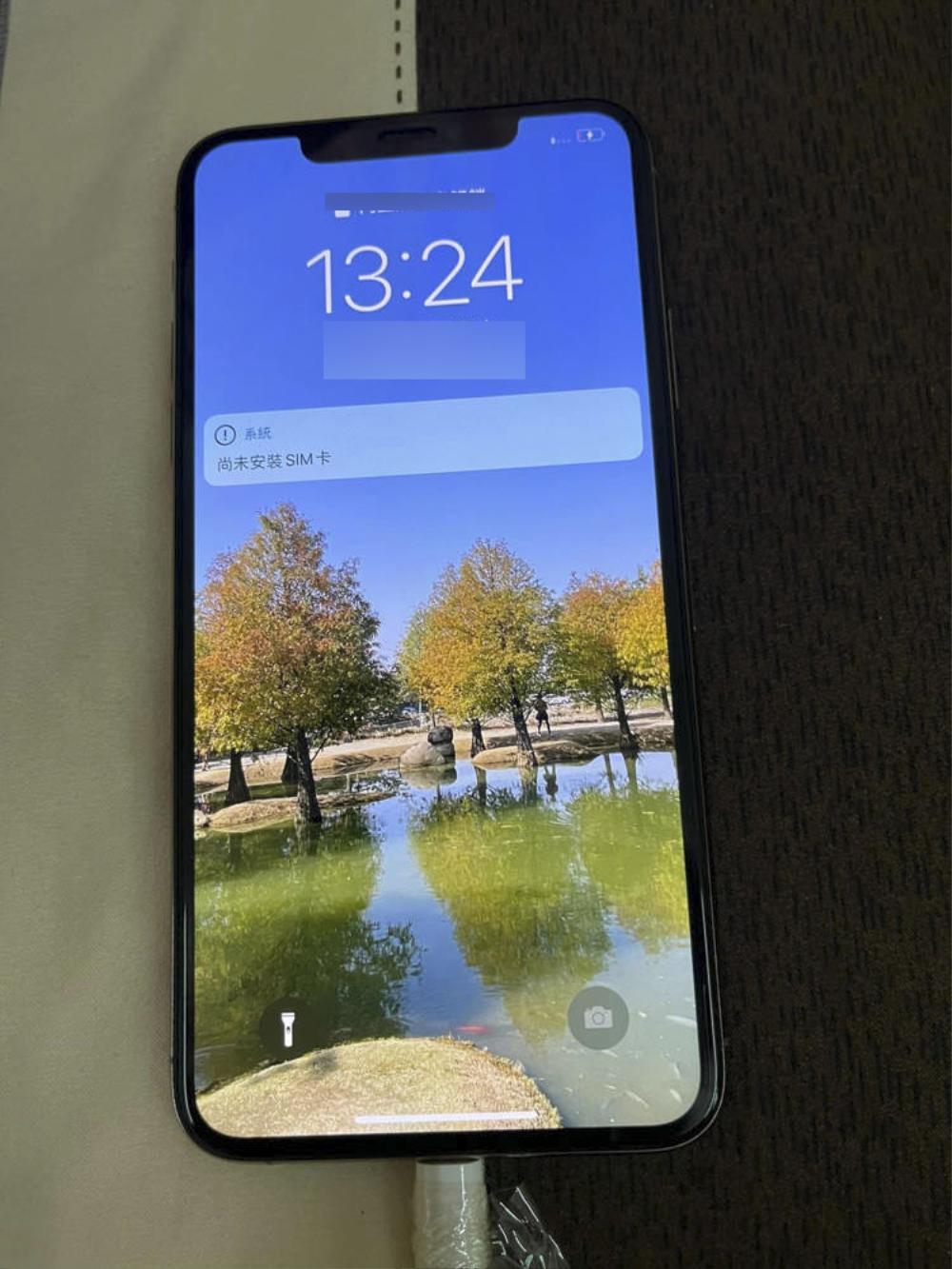 iPhone 11 Pro Max rơi xuống đáy hồ suốt 1 năm và cái kết khó tin nhưng có thật Ảnh 7