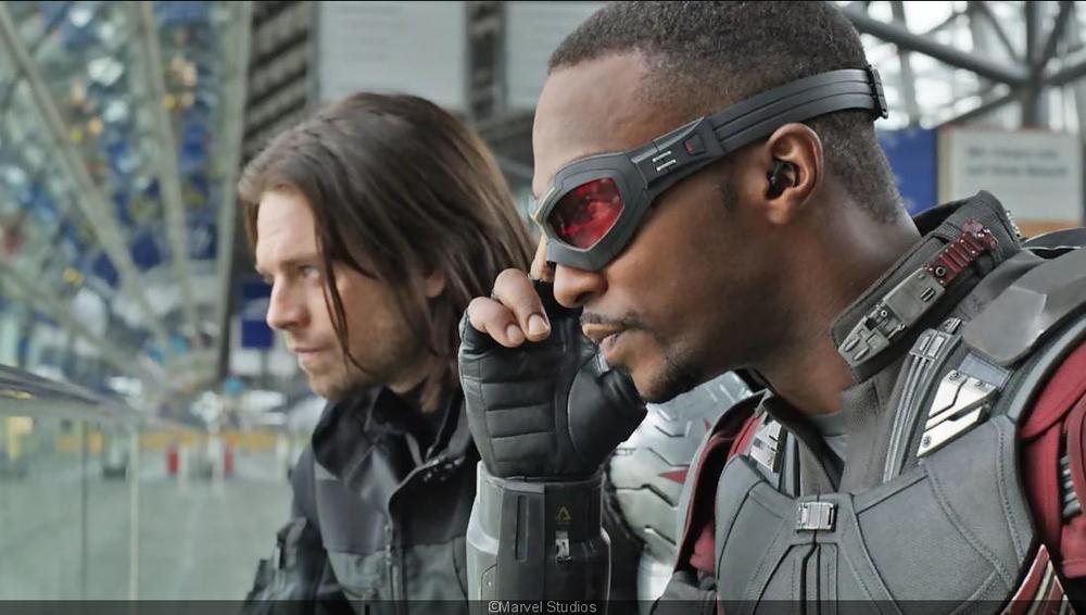 Loạt khoảnh khắc chứng minh 'The Falcon and the Winter Soldier' đích thị là phim đam mỹ trá hình Ảnh 5