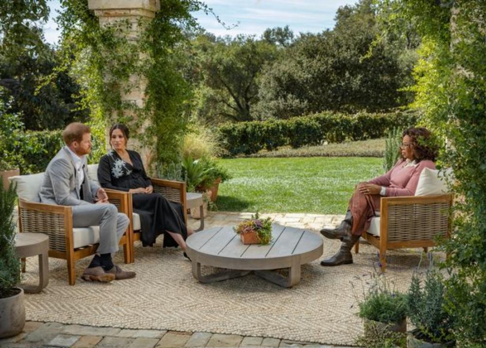 Chuyên gia: 'Hoàng gia không học được gì từ bài học của Công nương Diana' sau cuộc phỏng vấn với Oprah Ảnh 2