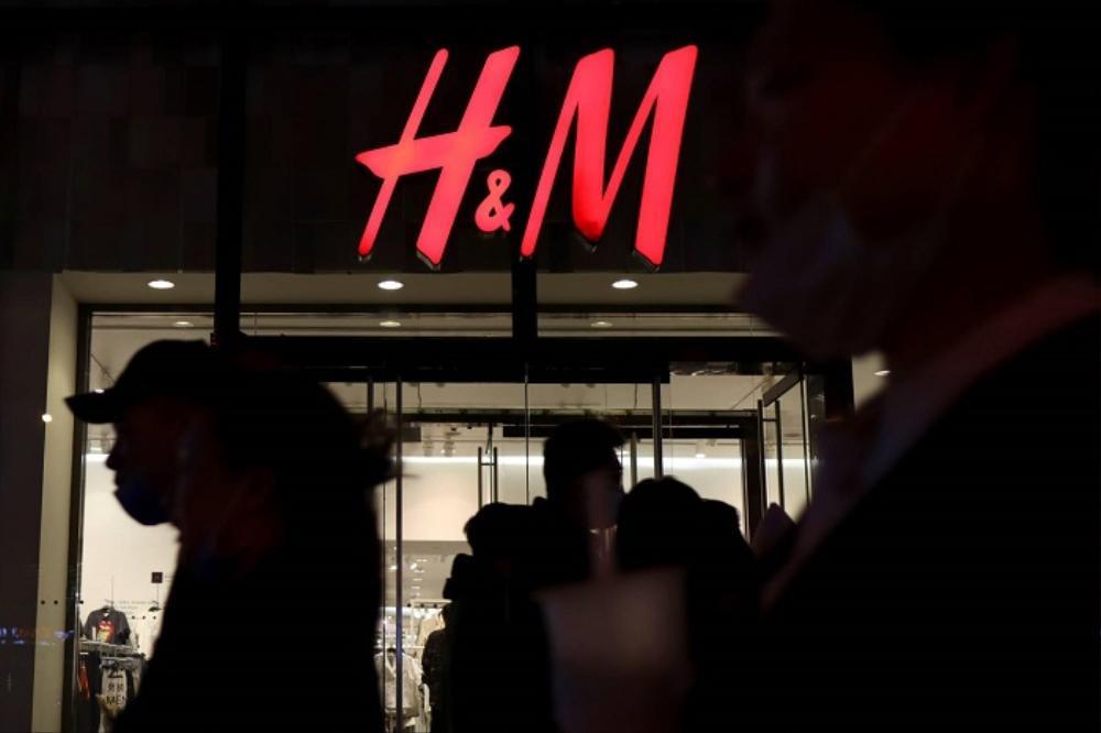 H&M và những cú trượt dài trong scandal khó lòng cứu vớt Ảnh 9