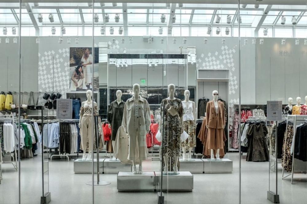 H&M và những cú trượt dài trong scandal khó lòng cứu vớt Ảnh 4