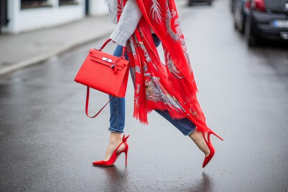 Vì sao phụ nữ Ý luôn có gu thời trang sang trọng và sành điệu Ảnh 3
