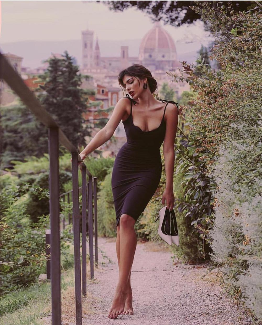 Vì sao phụ nữ Ý luôn có gu thời trang sang trọng và sành điệu Ảnh 2