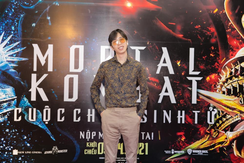 Huỳnh Anh tình tứ khoác tay bạn gái 'single mom', ViruSs lẻ bóng đi dự họp báo 'Mortal Kombat' Ảnh 4