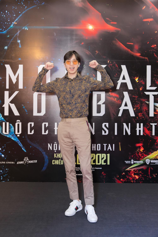 Huỳnh Anh tình tứ khoác tay bạn gái 'single mom', ViruSs lẻ bóng đi dự họp báo 'Mortal Kombat' Ảnh 6