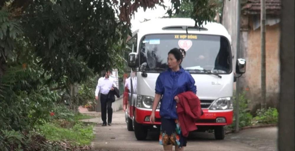 Gia đình Xuân Trường đang di chuyển tới nhà gái để làm lễ ăn hỏi, cầu thủ có mặt ở Hà Nội từ đêm qua Ảnh 1