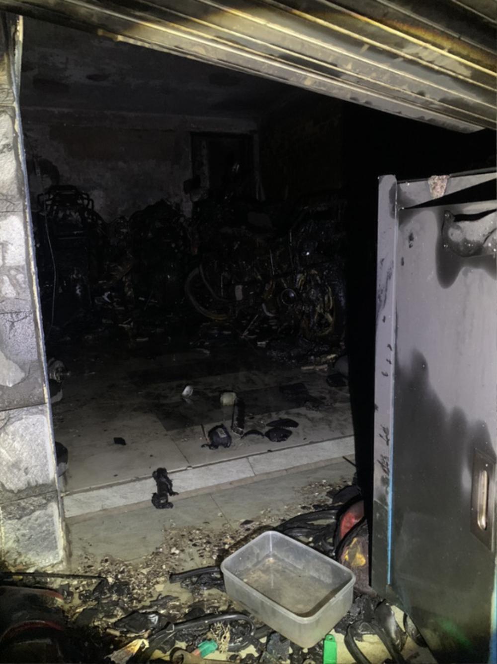 5 người mắc kẹt kêu cứu trong căn nhà bốc cháy lúc rạng sáng Ảnh 1