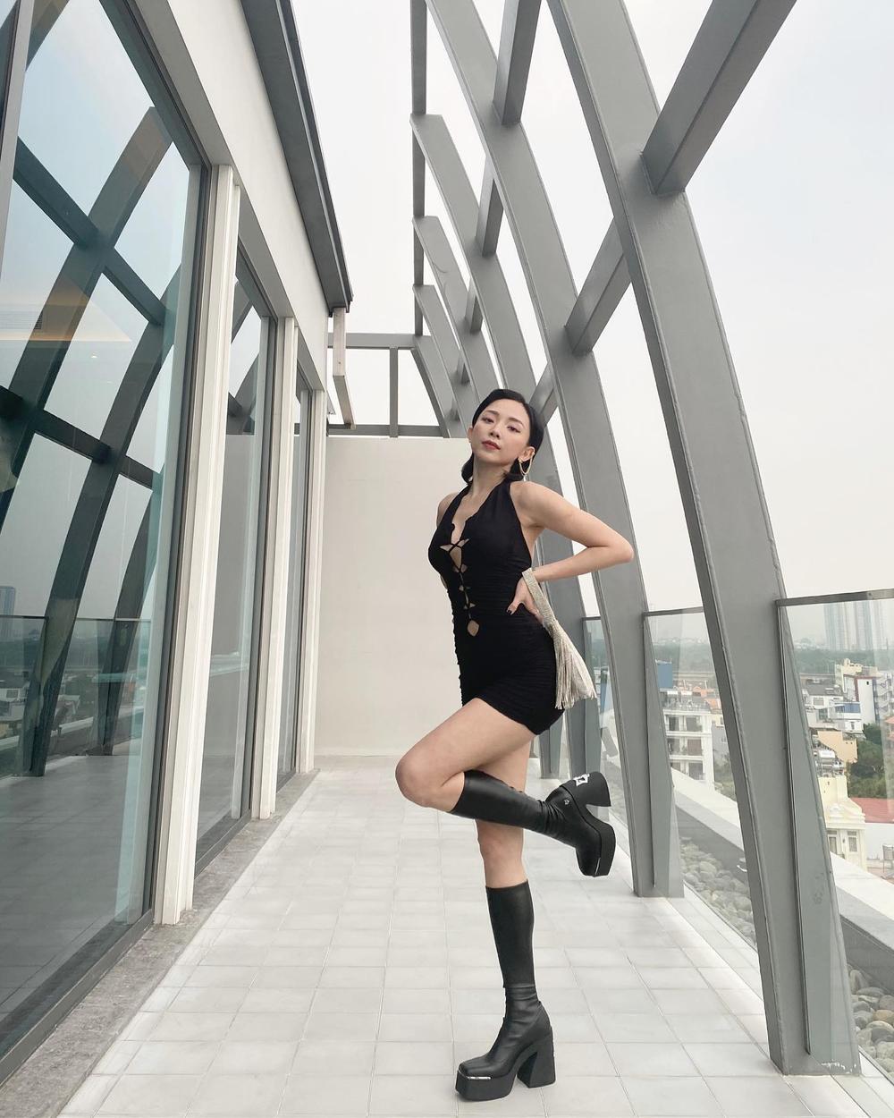 Tóc Tiên khoe khéo vóc dáng trong mơ với bodysuit đan dây chéo ngực Ảnh 2