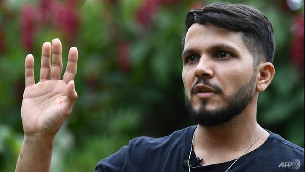 Phi công sống sót thần kỳ sau 38 ngày máy bay phát nổ giữa rừng Amazon Ảnh 2