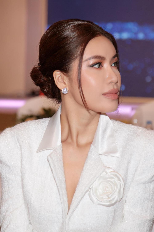Minh Tú: 'Mọi người gọi tôi là hoa hậu hay siêu mẫu không còn quan trọng nữa' Ảnh 5