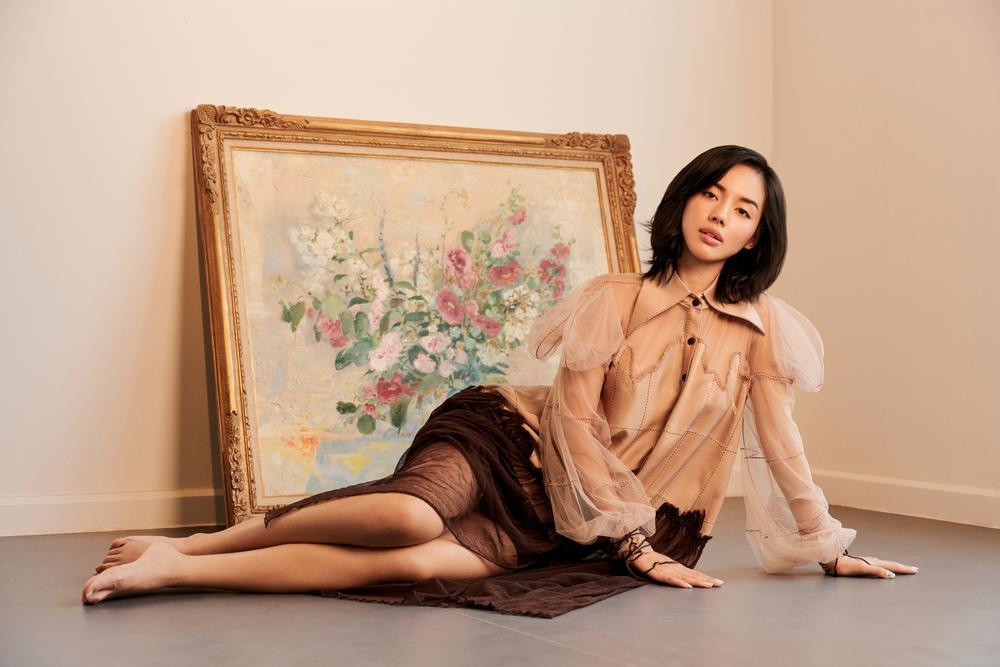 'Cô em Trendy' Khánh Linh hoá nàng thơ trong những bộ đầm từ chất liệu tái chế Ảnh 5