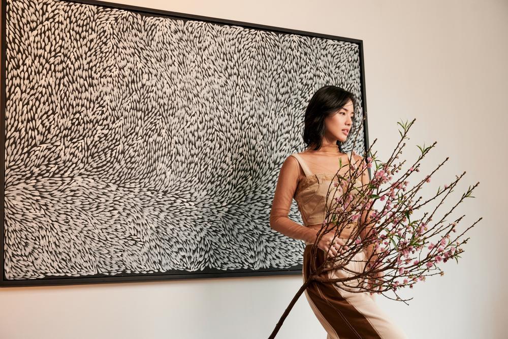 'Cô em Trendy' Khánh Linh hoá nàng thơ trong những bộ đầm từ chất liệu tái chế Ảnh 4
