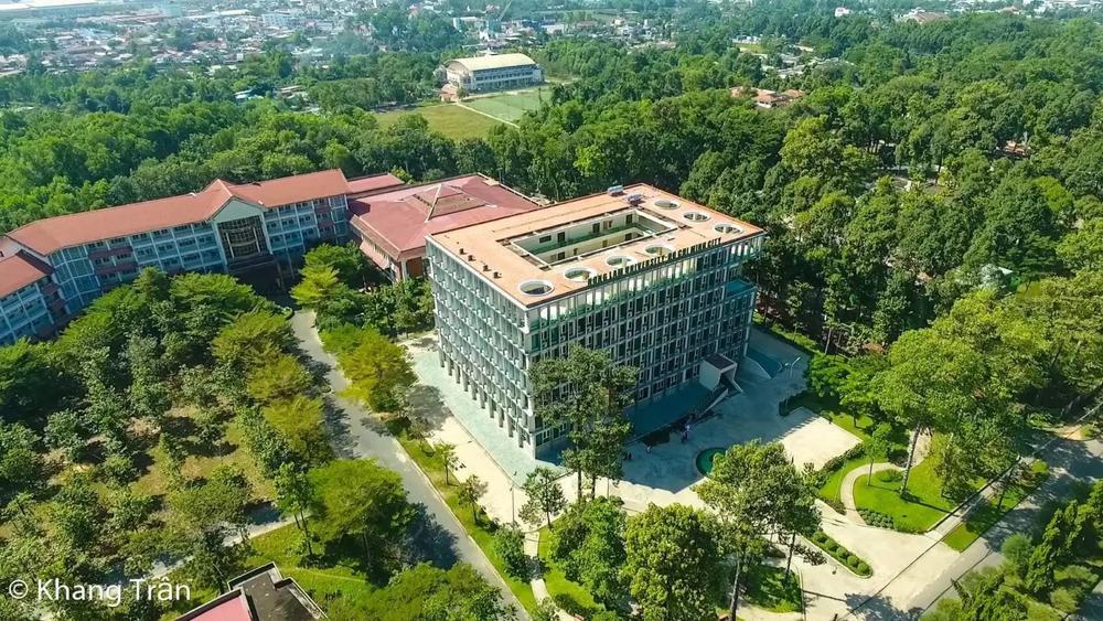 Phát hiện thú vị: Trường ĐH Nông Lâm TP.HCM 14 năm trước đã xuất hiện trong MV của ca sĩ nổi tiếng Ảnh 9