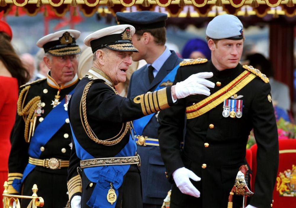 Những khoảnh khắc ngọt ngào nhất của Hoàng thân Philip và Hoàng tử Harry Ảnh 7