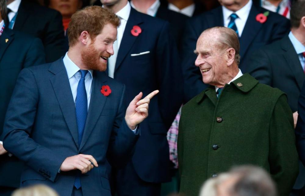Những khoảnh khắc ngọt ngào nhất của Hoàng thân Philip và Hoàng tử Harry Ảnh 11