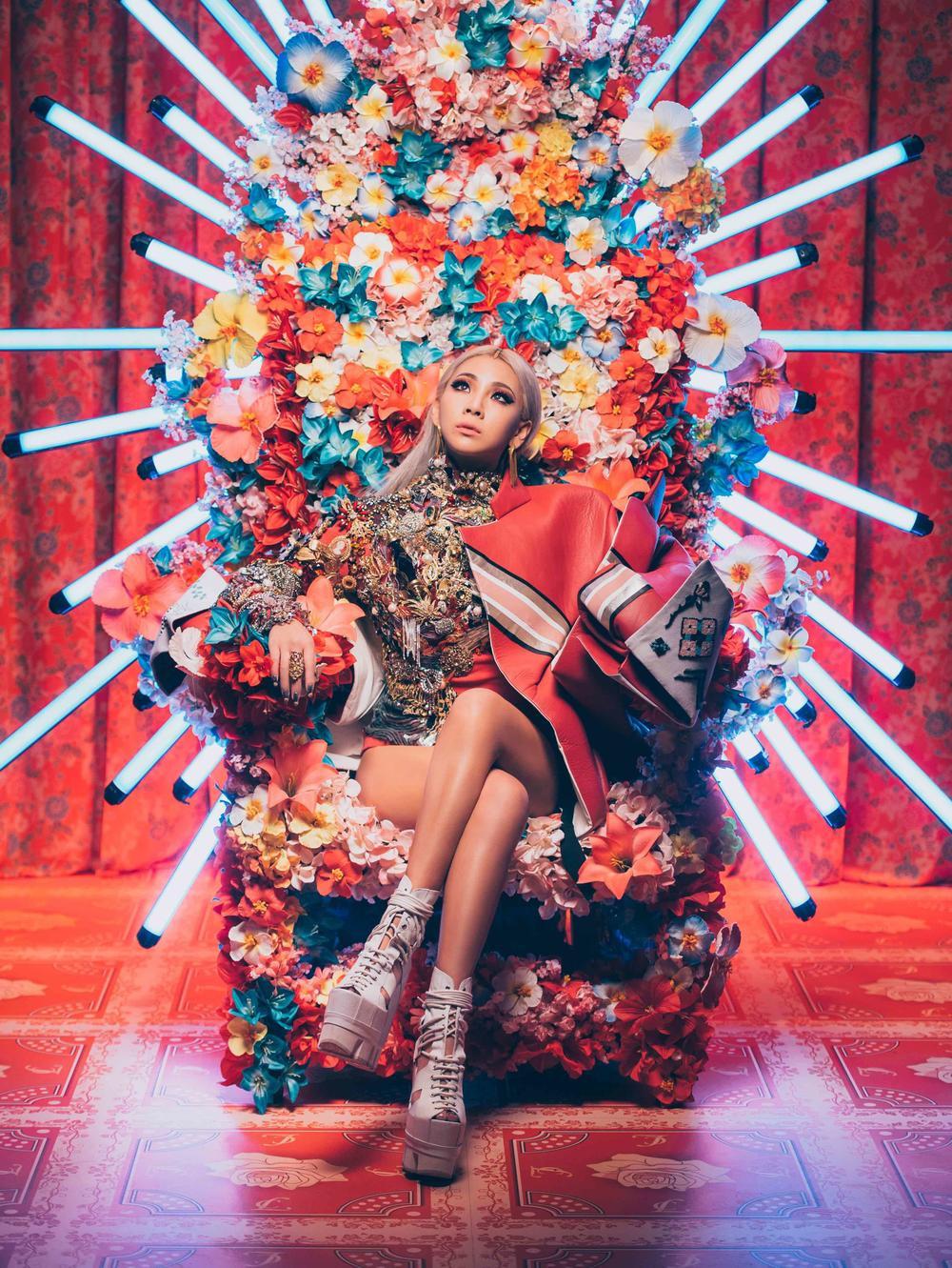 Chi Pu và 'liên hoàn phốt' đạo nhái: Hết mẫu nail giờ đến concept chụp ảnh của CL, Jennie? Ảnh 4