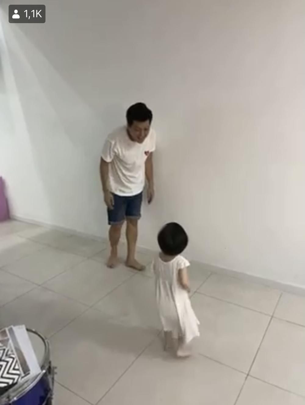 Trường Giang quấn quýt bên con gái, khẳng định Nhã Phương bị cho 'ra rìa' thật rồi Ảnh 4