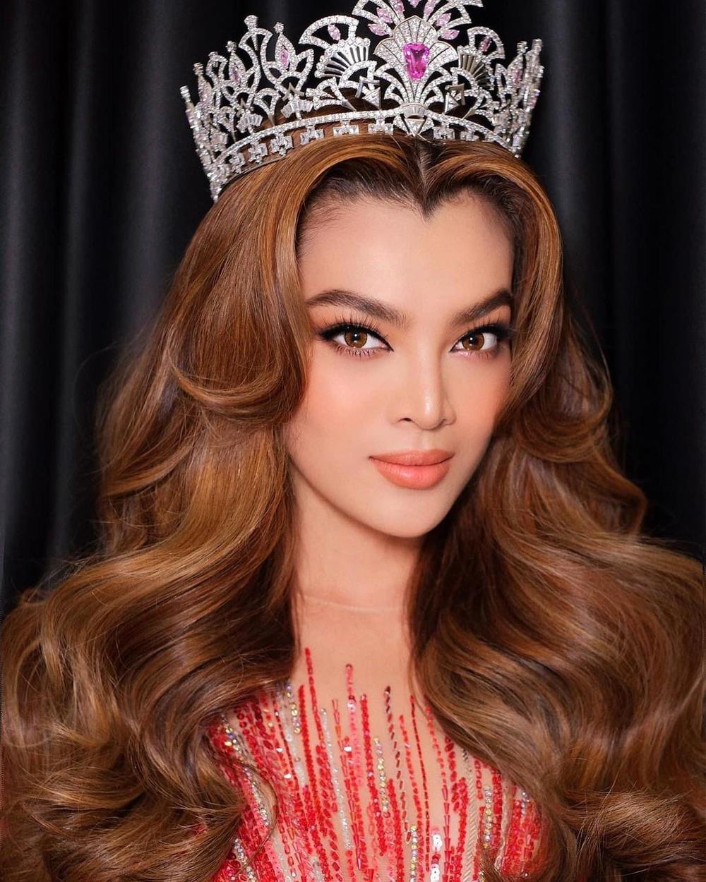 Thiết kế trang phục dân tộc cho Trân Đài bị tố 'ăn cắp': Thí sinh trộm bản vẽ từ Miss Universe Vietnam? Ảnh 1