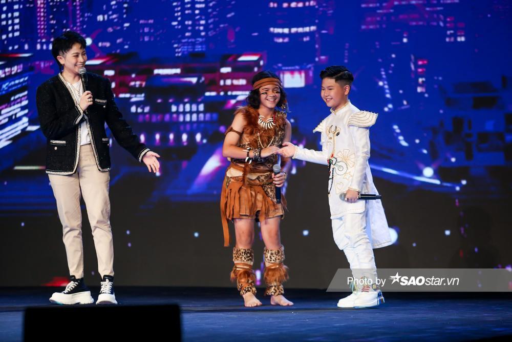 Song Tùng chiến thắng thuyết phục trước Kelvin Huỳnh: Team BigDaddy - Emily thoát cảnh 'banh Team' Ảnh 10
