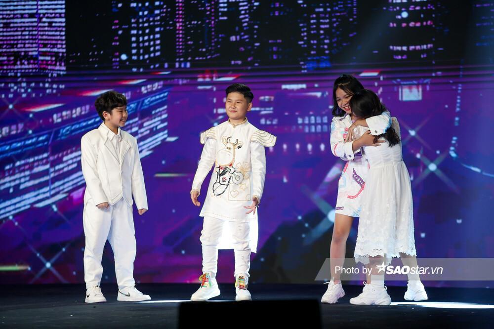 Hồ Hoài Anh - Lưu Hương Giang xuất sắc đem 2 học trò Hà Anh - Thùy Trang vào Chung kết Ảnh 1