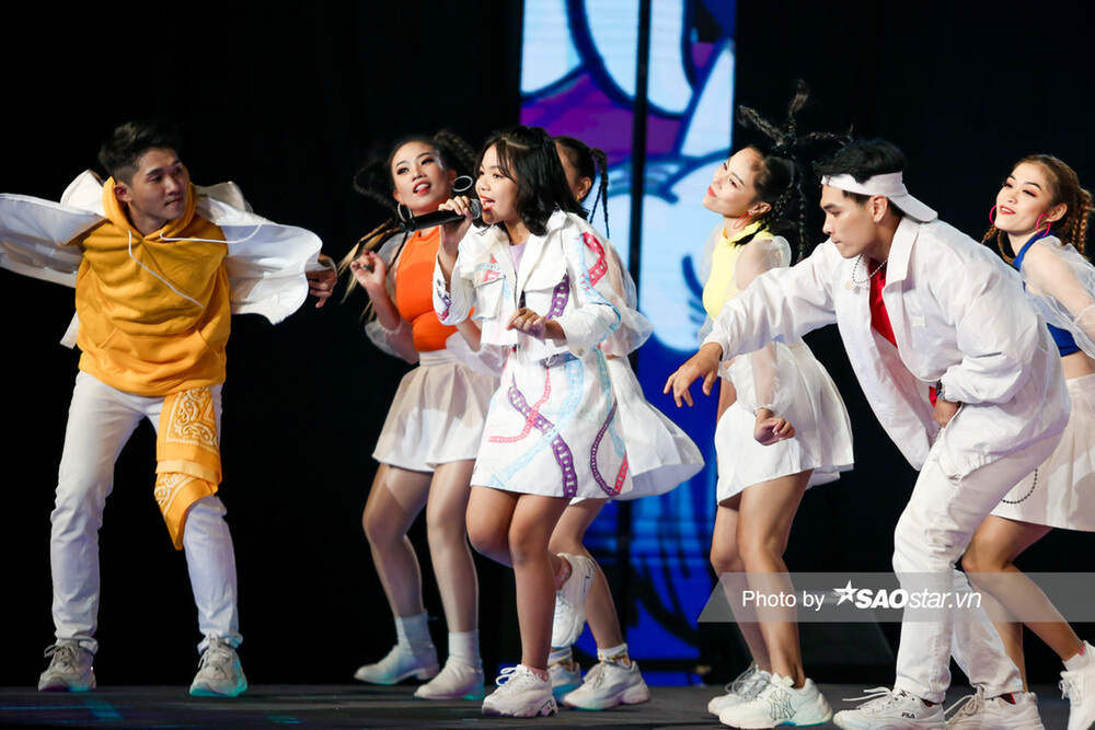 Hồ Hoài Anh - Lưu Hương Giang xuất sắc đem 2 học trò Hà Anh - Thùy Trang vào Chung kết Ảnh 10