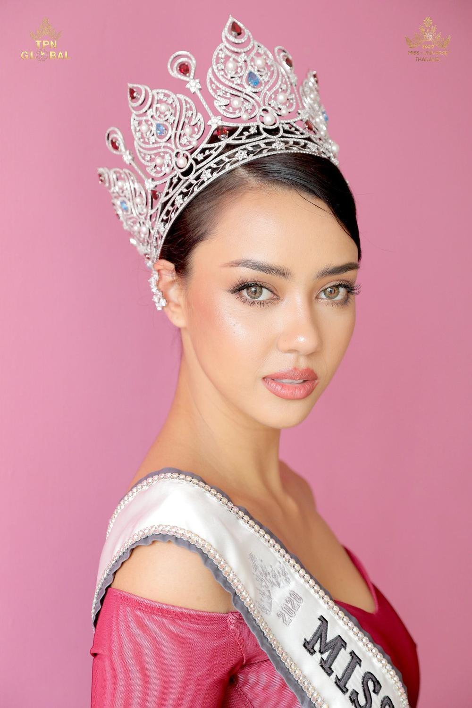 6 lí do khiến được fan trông chờ nhất tại Miss Universe 2020: Khánh Vân có đủ 'yêu thương' để intop Ảnh 4